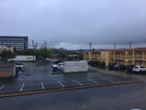 オースティン今日は雨